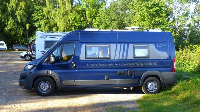 campingbus kastenwagen 6m einzelbetten peugeot burow vip 600 l boxer wohnmobil. Black Bedroom Furniture Sets. Home Design Ideas
